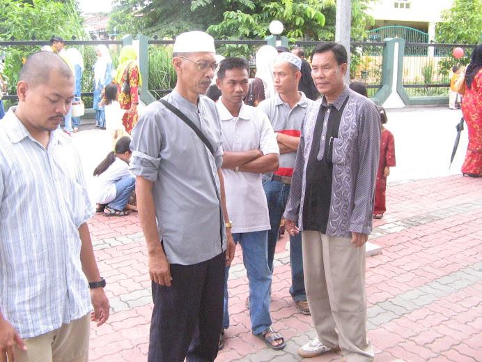 waktu iring Hj Miskah & Hjh Miskiah ke Komplek Tabung Haji Kelana Jaya