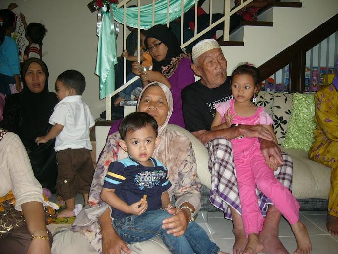 4MAY2009:Melawat atok Hj Khalil di Taman Saujana Damai, Kajang