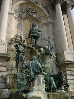 Statuia lui Matei Corvin din Budapesta