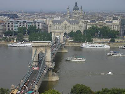 Atractii Ungaria: Podul cu lanturi