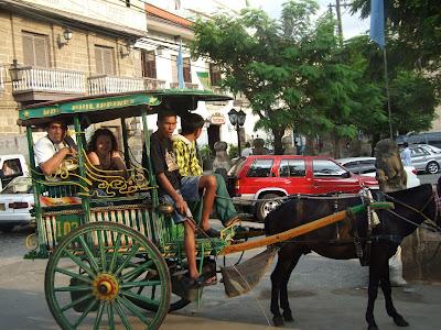 cu caleasca prin Intramuros Manila