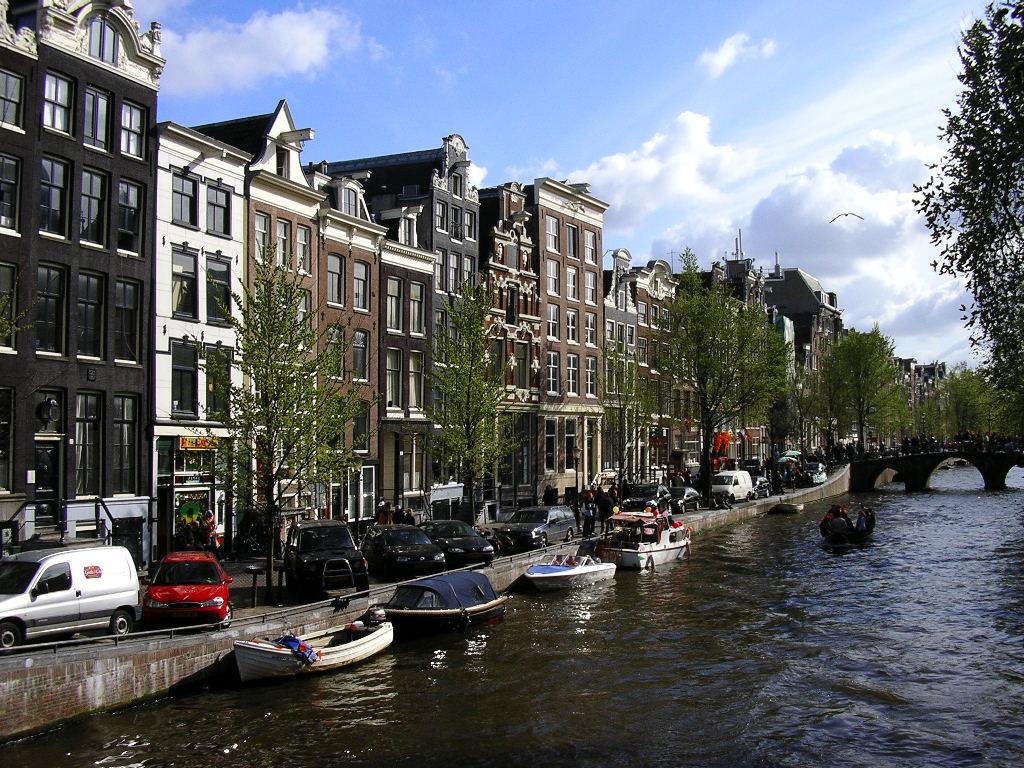 Transport persoane Gilau Olanda