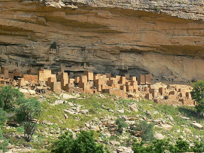 Imagini Mali: sat traditional african din Pays Dogon