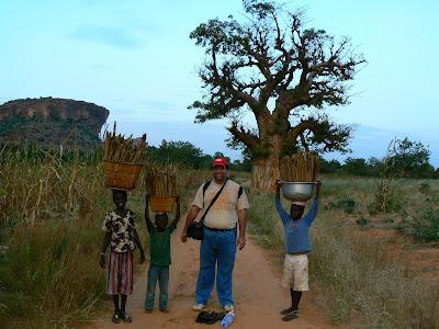 Imagini Mali: cu sateni din Pays Dogon