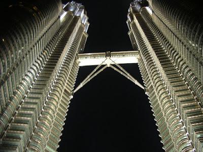 Obiective turistice Malaysia: turnurile Petronas Kuala Lumpur