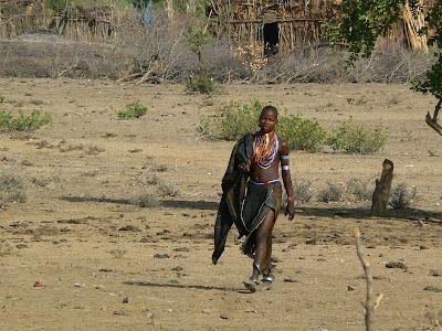 Imagini Etiopia: fotomodel Arbore pe catwalk