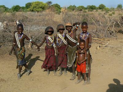 Obiective turistice Etiopia: copii Arbore