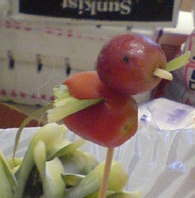 Funny pictures: Grapes bird
