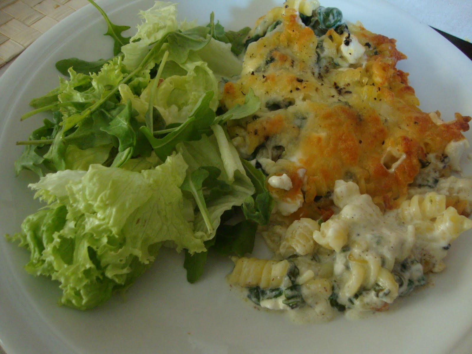 Eat Out Eat In: Spinach and Feta Pasta Bake