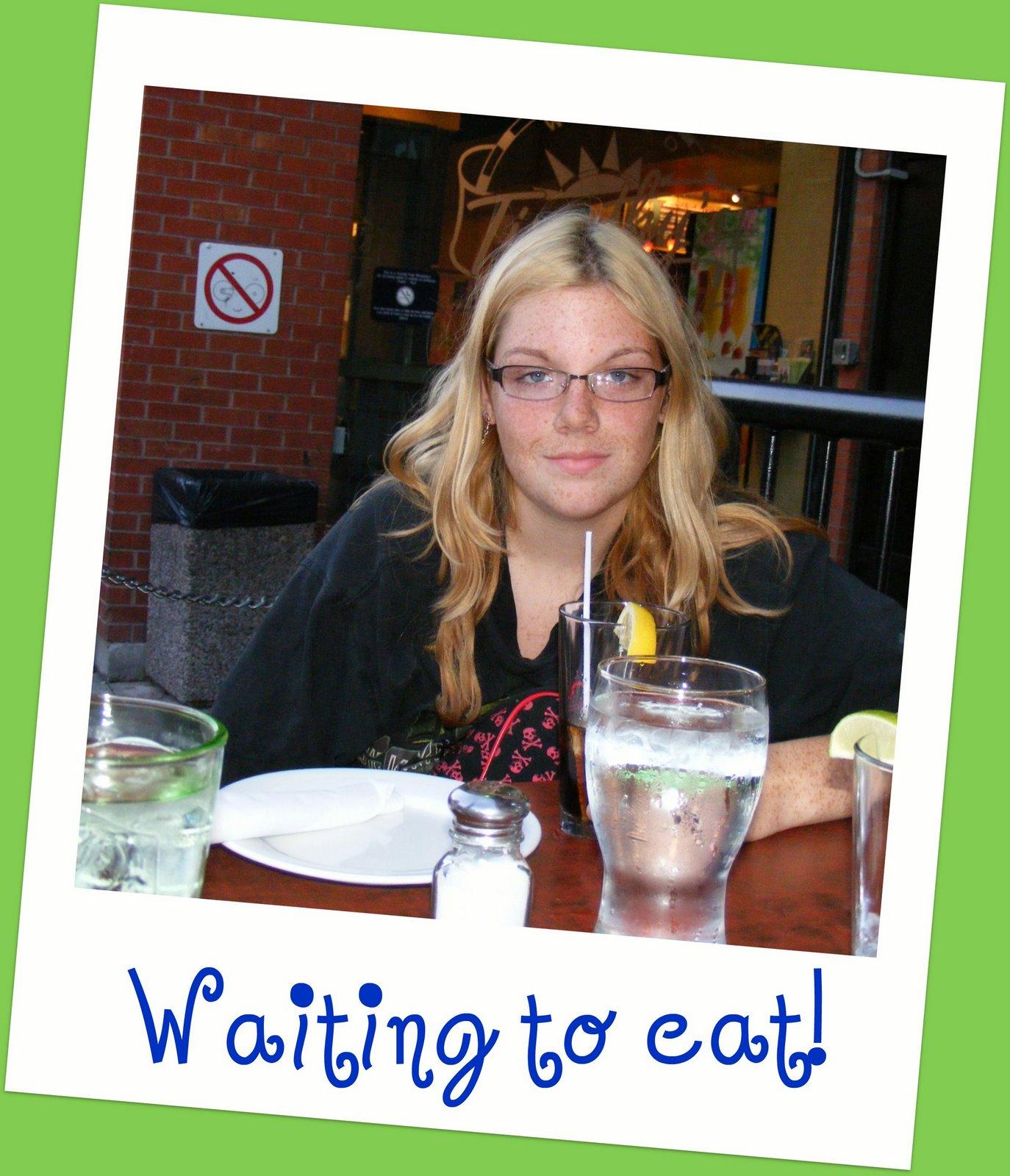 [Kristen+waits+to+eat.jpg]