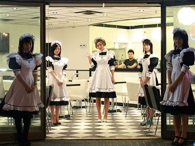 in Japanese Theme Cafes