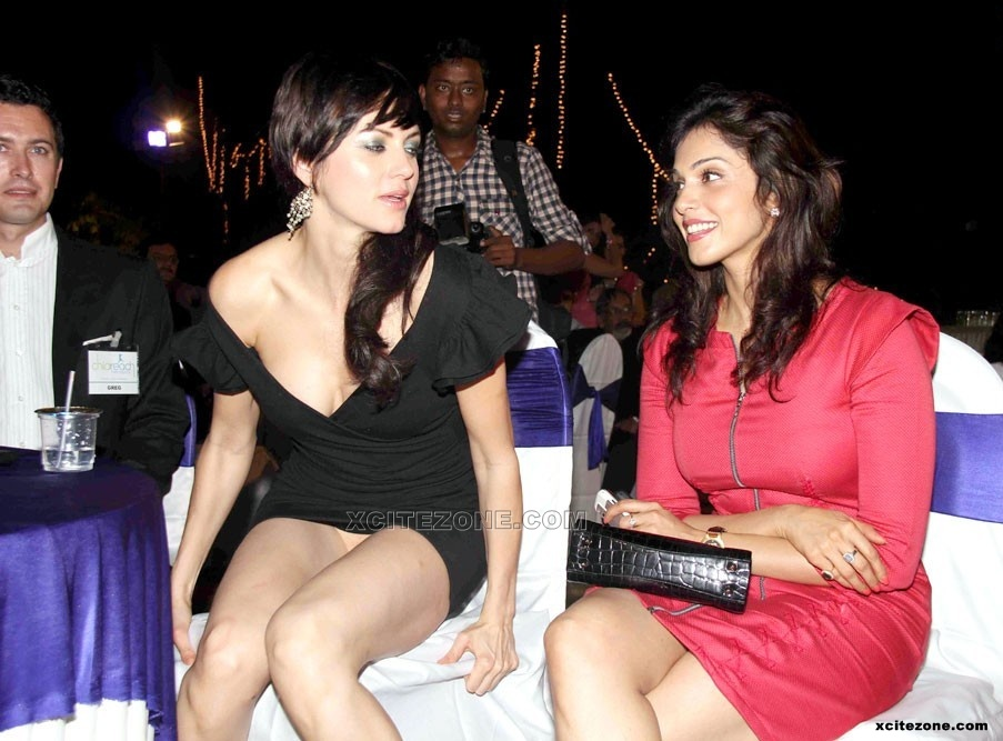 Glamour Actress Life Leaked Yana Gupta Wardrobe Malfunction