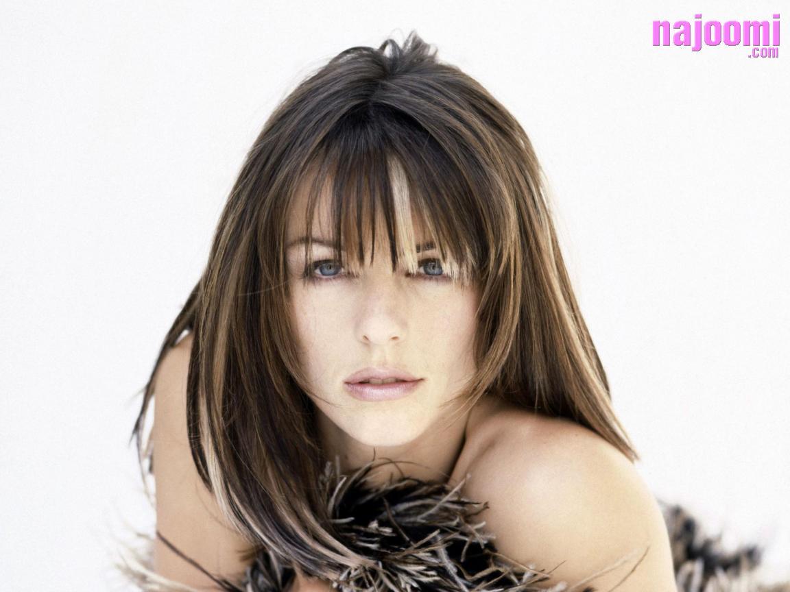 http://1.bp.blogspot.com/_DiynTnwKbZw/TEvliYueKRI/AAAAAAAAAG0/F2nXXS6LGL0/s1600/Elizabeth-Harnois-Hair-Style-1152X864-630.jpg
