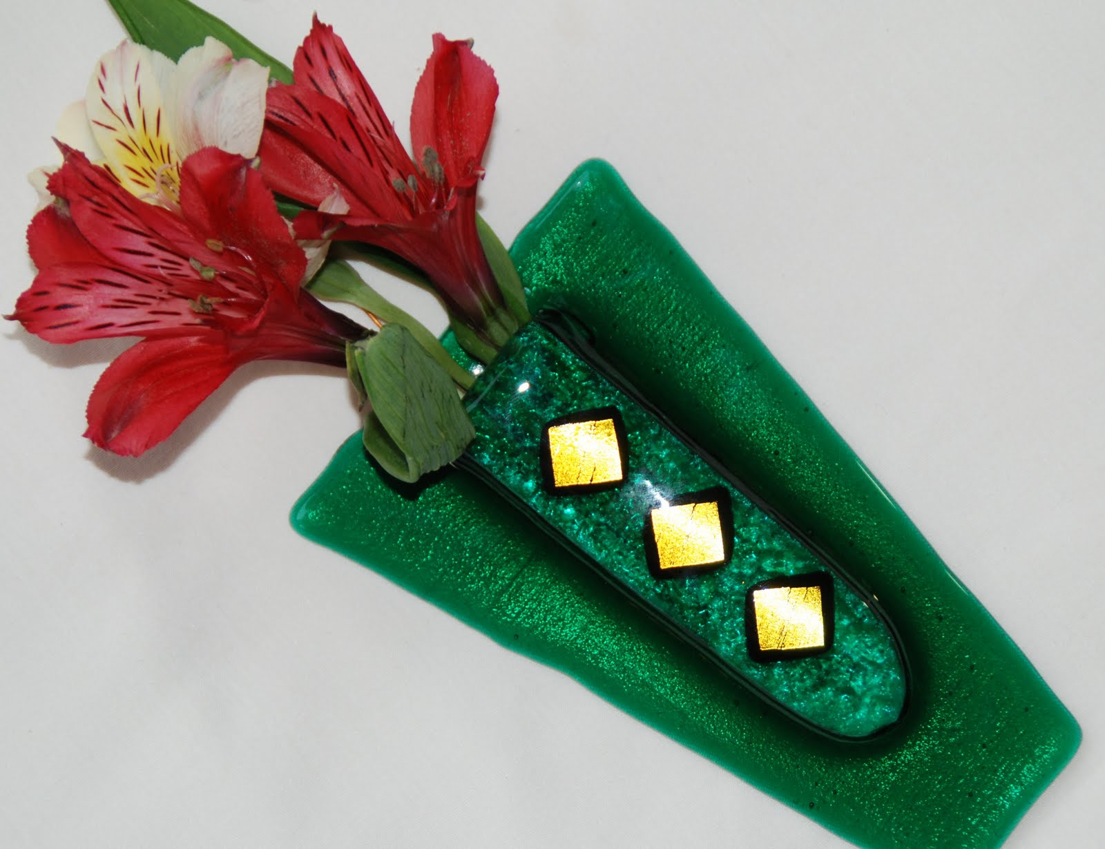 Omega glass fused glass art thats ridiculously cool flowers on hanging bud vases in fused glass reviewsmspy