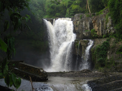 Tegenungan WAterfal is the best short water fall in bali