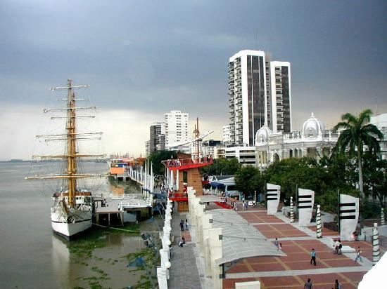 En Guayaquil los hombres son muy directos para entablar una aventura sexual.