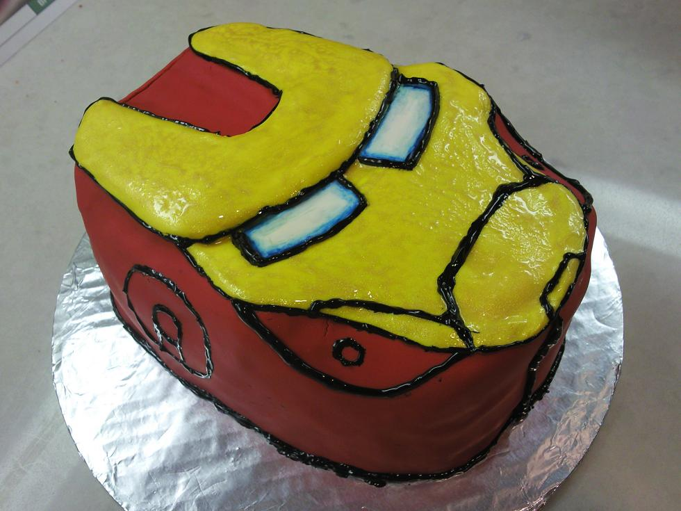 Images Of Iron Man Birthday Cakes : Sweet Dreams: Iron Man Birthday Cake