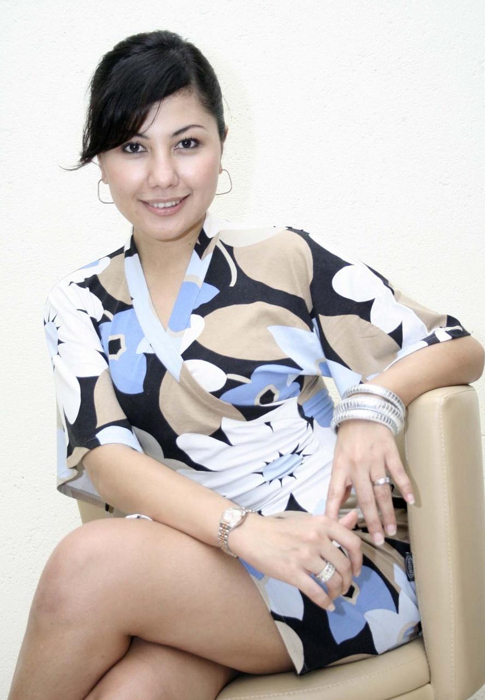 Emma Waroka Actress
