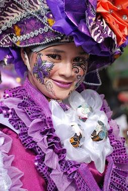 Kenangan Batik Festival di Solo, Jateng, Karya Elis Anis, UGM, OU