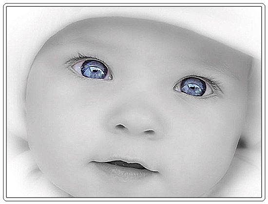 beautiful-baby-with-big-blue-eyes