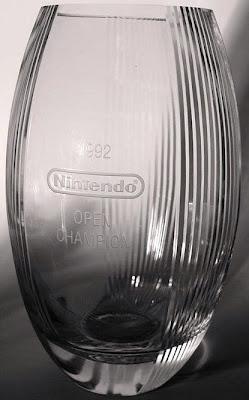 Nintendo Vase 1992 Award