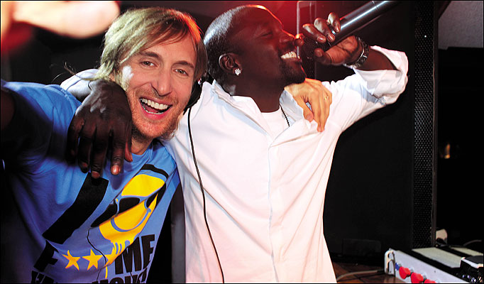 4: 34 David Guetta Fuego Ft Akon-Sexy Chick Remix by andres.