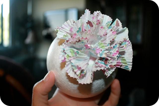 cupcake liner pom poms