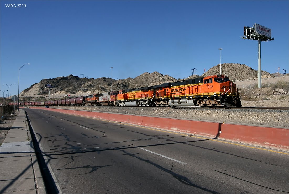 BNSF 7638 Leads Southbound Grain Loads Into El Paso