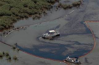 pic of oil spill