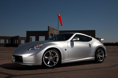 2010 Nissan Nismo 370Z Front Angle View