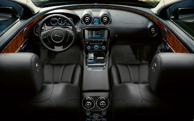 2010 Jaguar XJ Interior