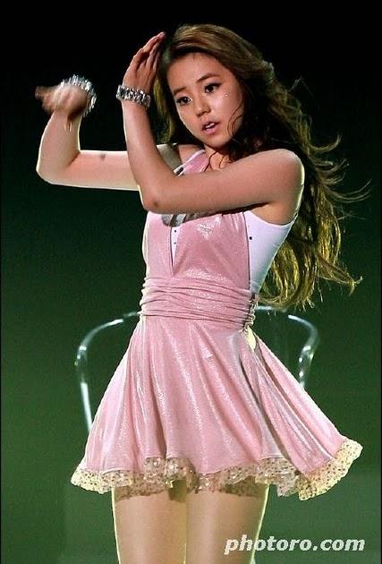 KONTES SEO: sexy popstar Ahn So-hee