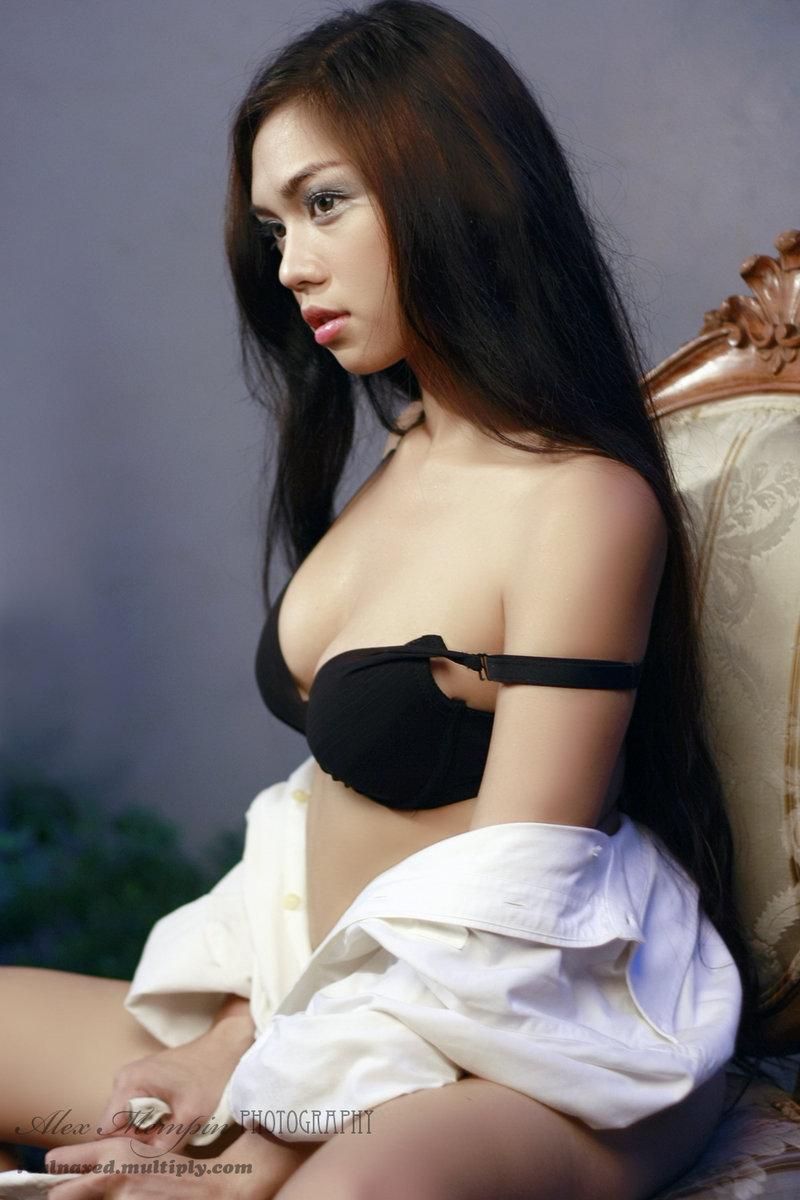 jazhiel manabat sexy in her underwear 02