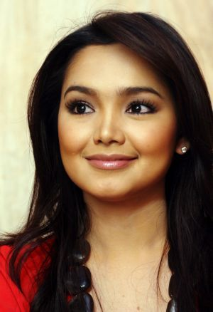 siti nurhaliza.