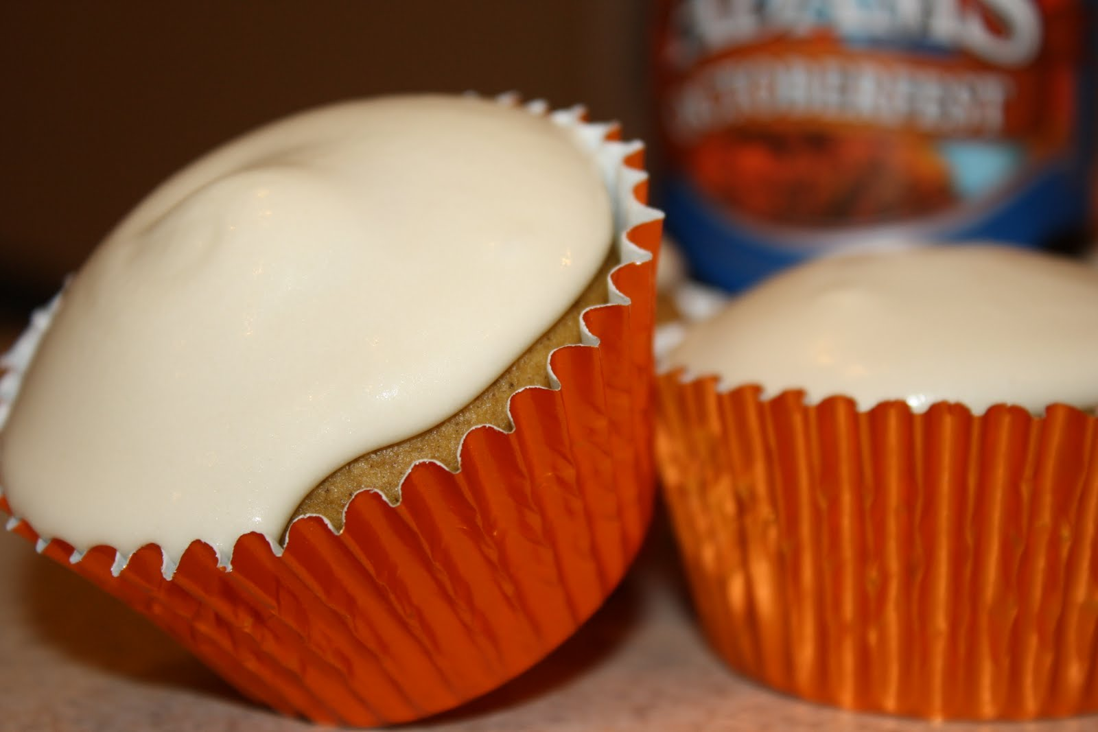The Bitchin' Kitchin': Pumpkin Beer Cupcakes with Maple Cream Cheese ...