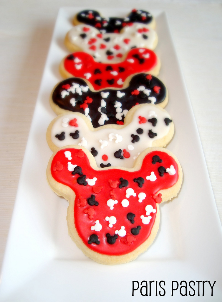 paris pastry mickey mouse cookies - Mickey Mouse Christmas Cookies