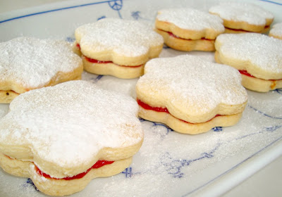 Paris Pastry: Lemon - Raspberry Sandwich Cookies