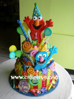 Sesame Street Birthday Cakes on Cakelava  Elmo And Sesame Street In Birthday Cakeland