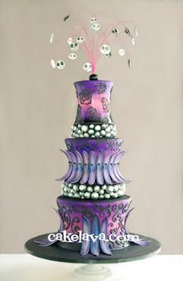 cakelava: Gothic-inspired Purple and Black Wedding Cake