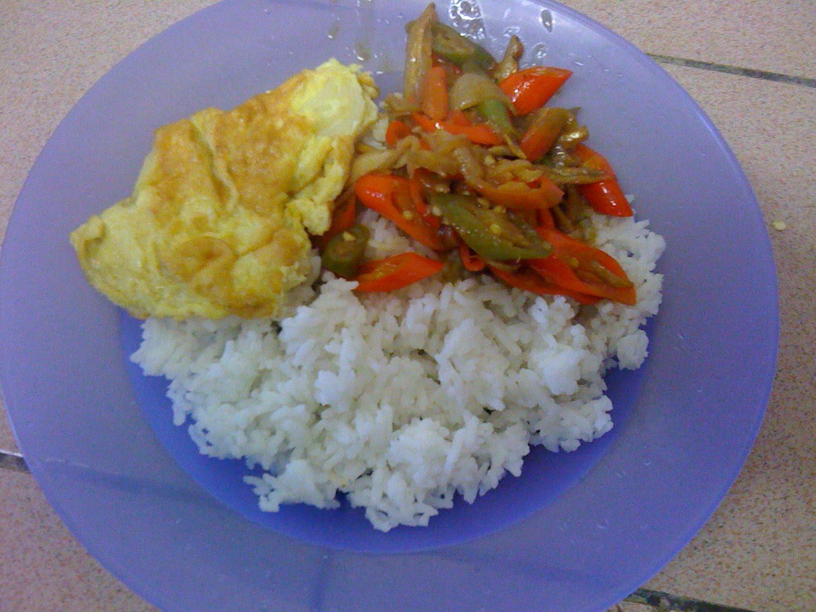 sedap makan dengan nasi panas yummmy.