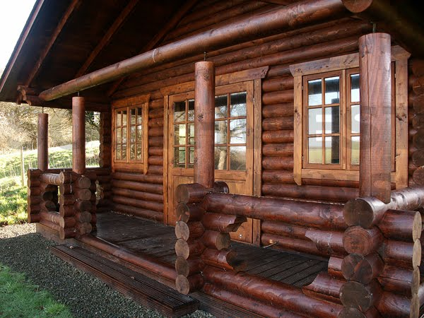 Chinking cedar homes chinking does your home some favor for Chinking log cabin