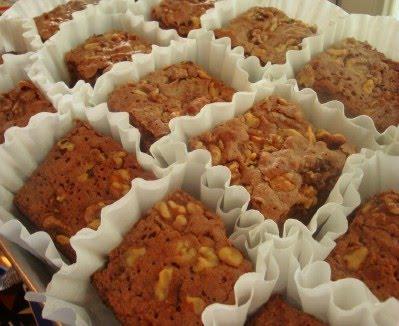 [how_to_package_bake_sale_brownies_for_bake_sale.jpg]