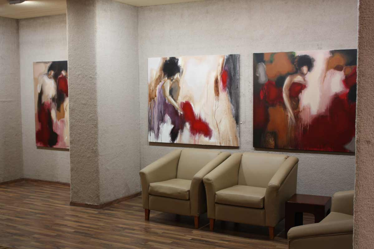 http://1.bp.blogspot.com/_E-uykHk4AyM/TPeNIDODTwI/AAAAAAAACp8/FldNSUXkc88/s1600/+Mona+Nahleh++boushahry+art+gallery+kuwait%25283%2529.jpg