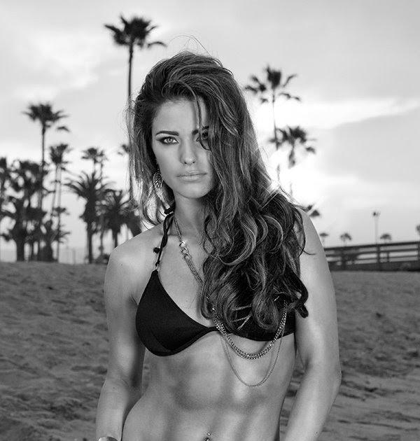 Flat & Sexy Female Abs: Amber Elizabeth Fournier: Bikini Babe