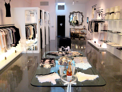 Fashion Boutique Interior on As You Walk Into The Ultra Feminine Boutique  Surrounded By Pink Walls