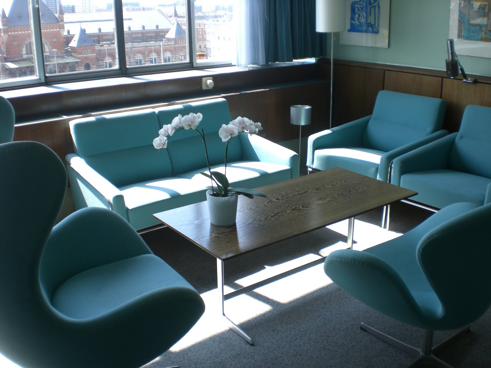 Life at 123 house sas royal hotel copenhagen for Arne jacobsen hotel