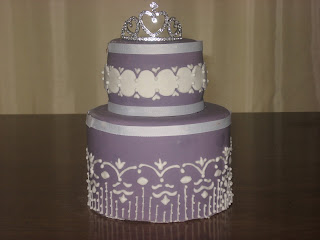purple wedding cake, fondant cake with piping, las vegas wedding cakes