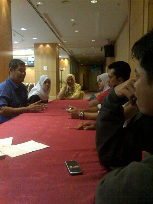 Sesi penerangan bersama Ketua PPIK Selangor. (En. Mohd Satar PPIK Sg Plong)