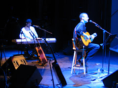 Presentación del CD Días Mejores. Alianza Francesa, Quito, 2006.