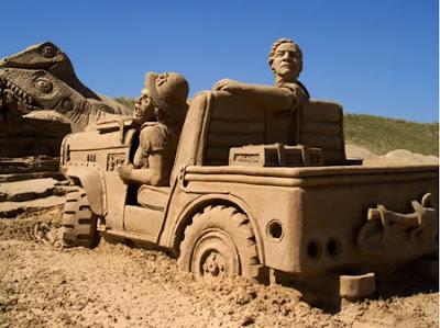 Mobil Terbuat Dari Pasir